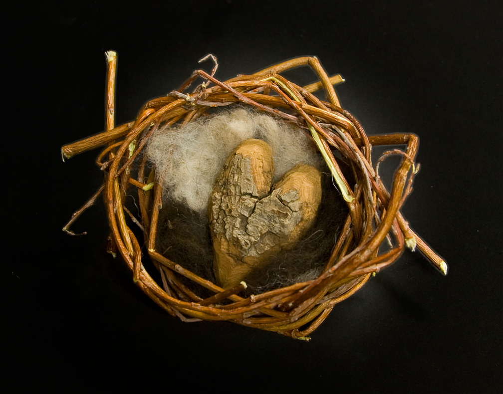 birdsnest-with-heart-nvw-39